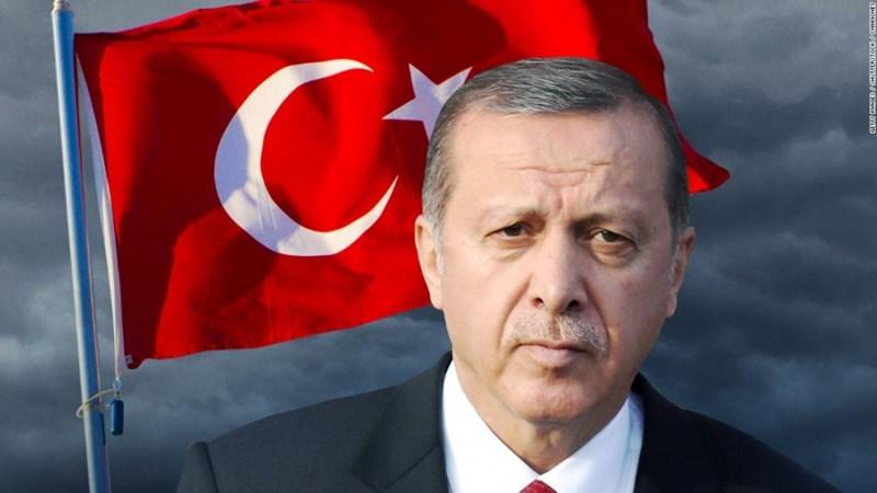 """""""Chiến tranh kinh tế"""" tác động đến Thổ Nhĩ Kỳ như thế nào?"""