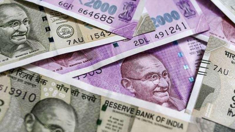 Đồng rupee mất giá tác động đến kinh tế Ấn Độ như thế nào?