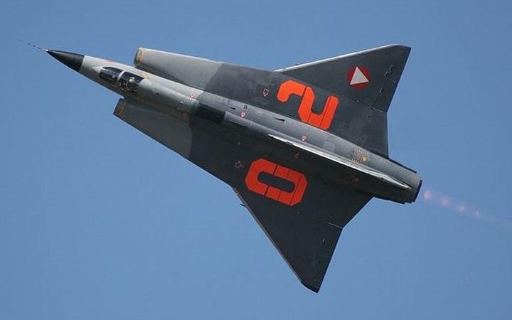 """10 máy bay """"sát thủ"""" lặng lẽ trên bầu trời thời chiến tranh"""