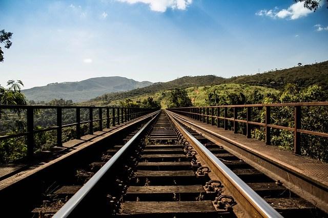 [Infographic] Bố trí 7.000 tỉ đồng cho 4 dự án đường sắt cấp bách