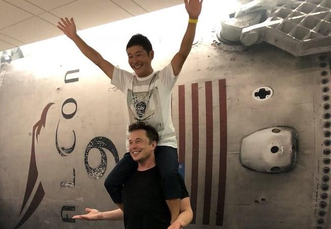 Những điều ít biết về tỷ phú Nhật sắp du lịch mặt trăng cùng SpaceX