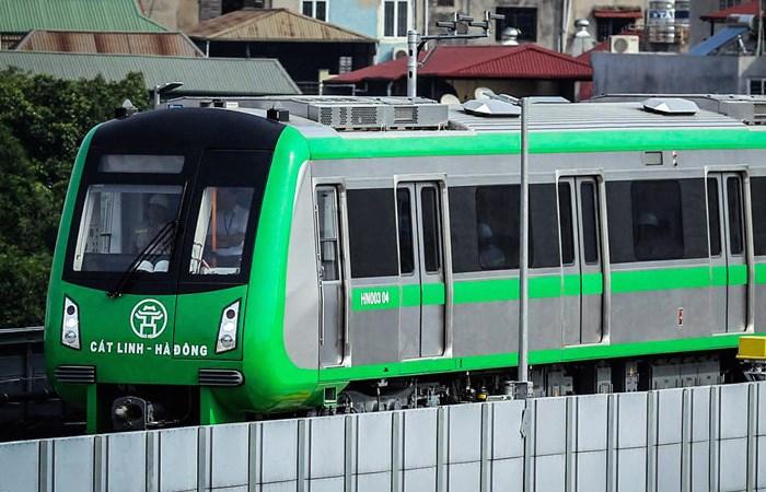 [Video] Hành khách đi tàu điện Cát Linh - Hà Đông như thế nào?
