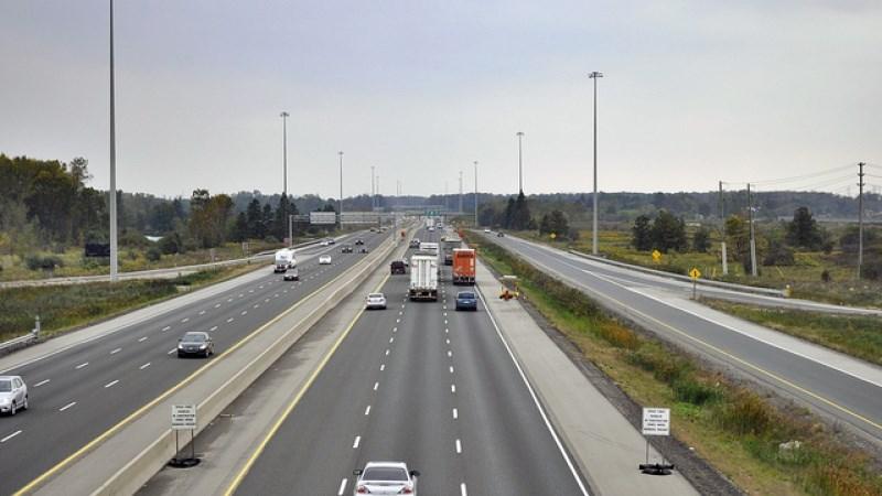 [Video] Quy tắc an toàn 3 giây khi lái xe trên cao tốc