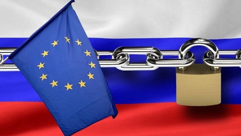 Ngoại trưởng Nga: EU thiệt hại hơn 100 tỷ euro vì trừng phạt