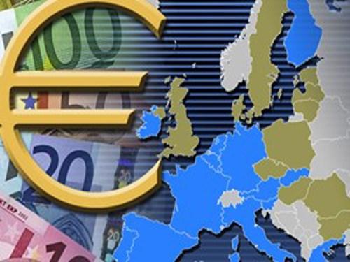 Euro lên cao nhất năm sau quyết định của ECB
