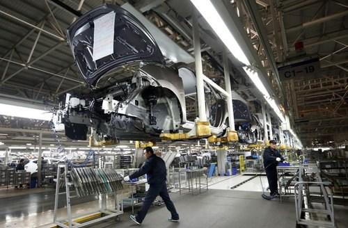 Hoạt động sản xuất của Trung Quốc suy yếu do suy thoái trầm trọng