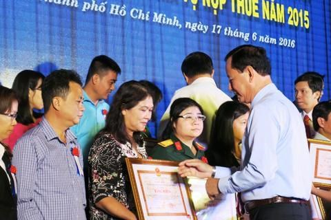TP. Hồ Chí Minh: 23/24 chi cục thuế thu đạt và vượt dự toán