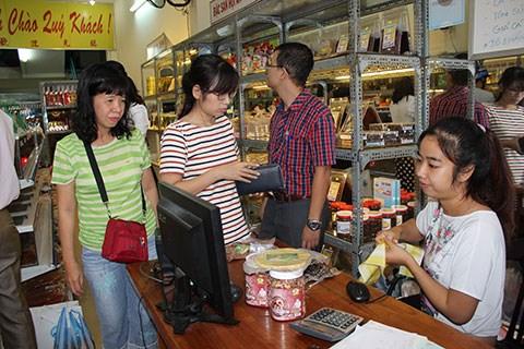 Tiếp tục chống thất thu trong lĩnh vực thương mại, dịch vụ
