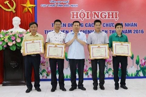 Bắc Ninh: Tuyên dương 113 doanh nghiệp, cá nhân nộp thuế tốt