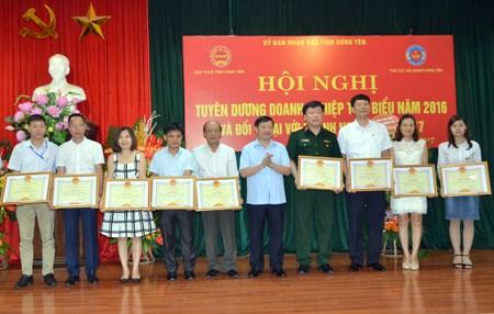 Hưng Yên: Tuyên dương 151 tổ chức, cá nhân nộp thuế tiêu biểu