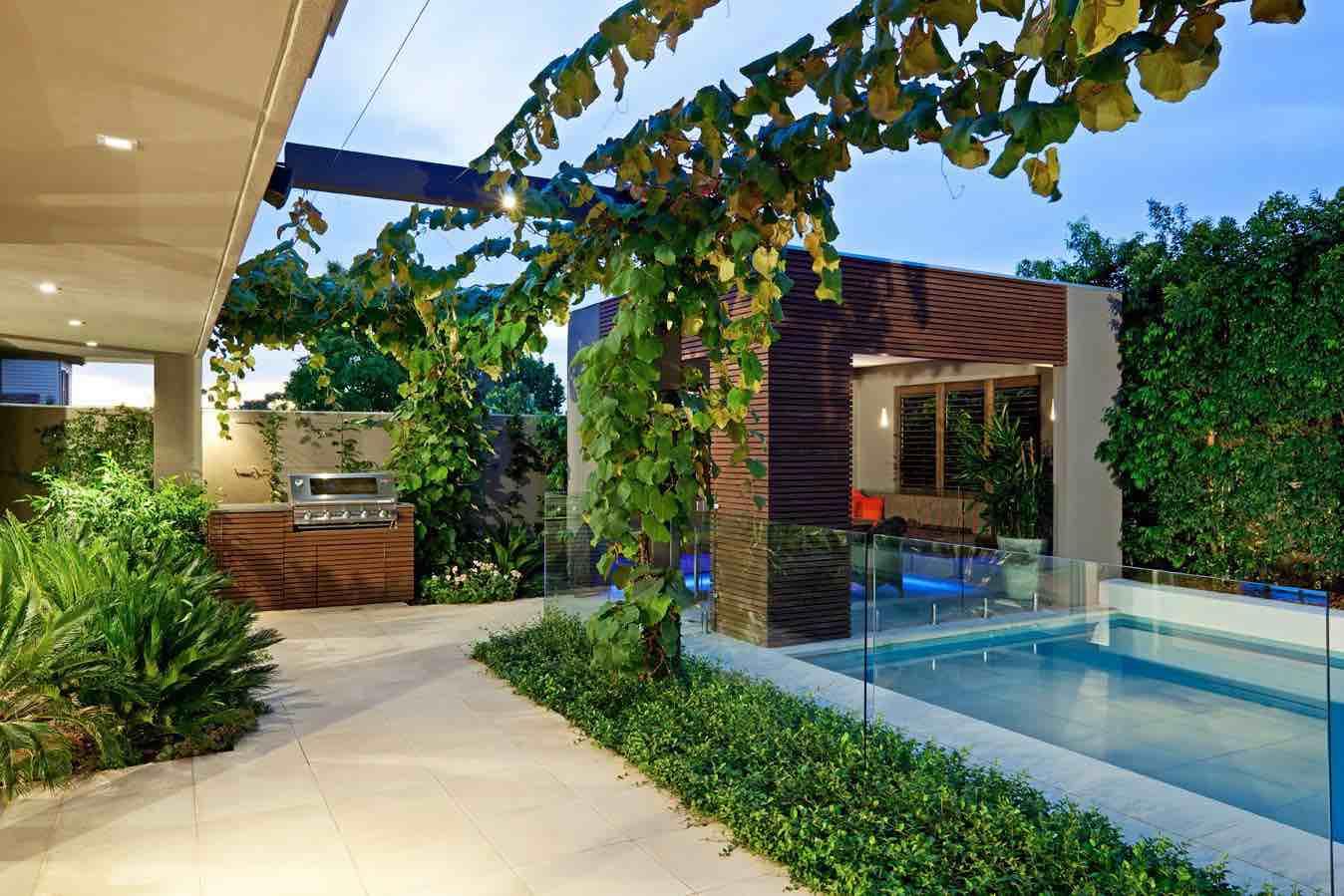 Cách thiết kế sân vườn biệt thự theo phong cách hiện đại - Ảnh 3