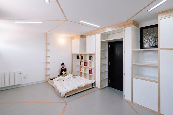 Nhà nhỏ bỗng rộng thênh thang nhờ thiết kế thông minh - Ảnh 9