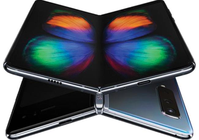 Điện thoại màn hình gập Galaxy Fold của Samsung.