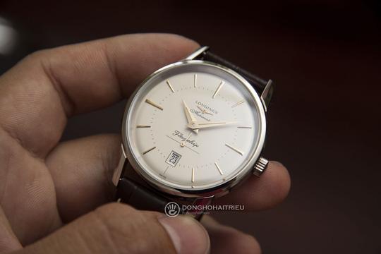 5 thương hiệu đồng hồ Thụy Sĩ bán chạy tại Việt Nam - Ảnh 2.