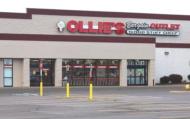 Đế chế bán lẻ 5 tỉ USD Ollie's nói không với bán hàng trực tuyến - Ảnh 3