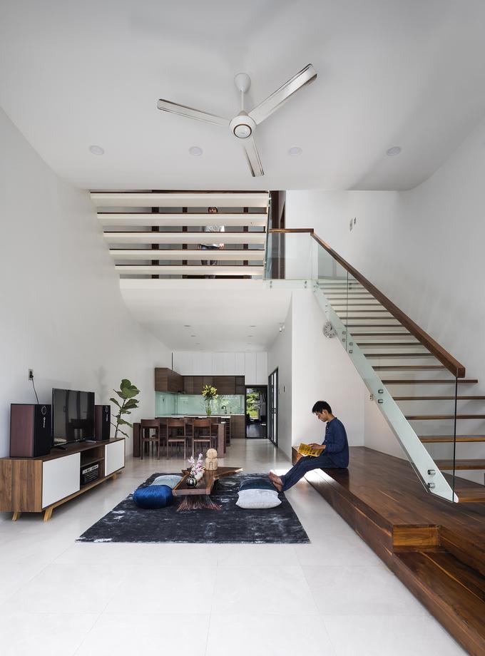 """Chiếc cầu thang """"níu chân"""" khách trong ngôi nhà Sài Gòn - Ảnh 7"""