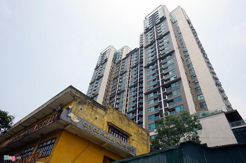 20 tòa chung cư chen chúc trên tuyến đường 720 m tại Hà Nội - Ảnh 3