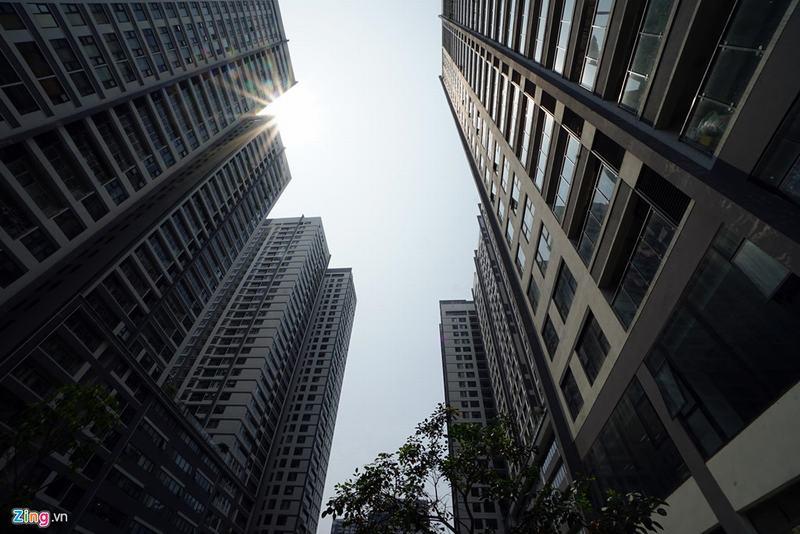 20 tòa chung cư chen chúc trên tuyến đường 720 m tại Hà Nội - Ảnh 11
