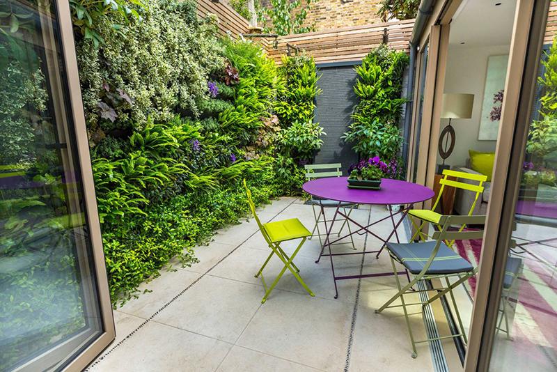 Những ý tưởng thiết kế sân vườn nhỏ xanh mát - Ảnh 6
