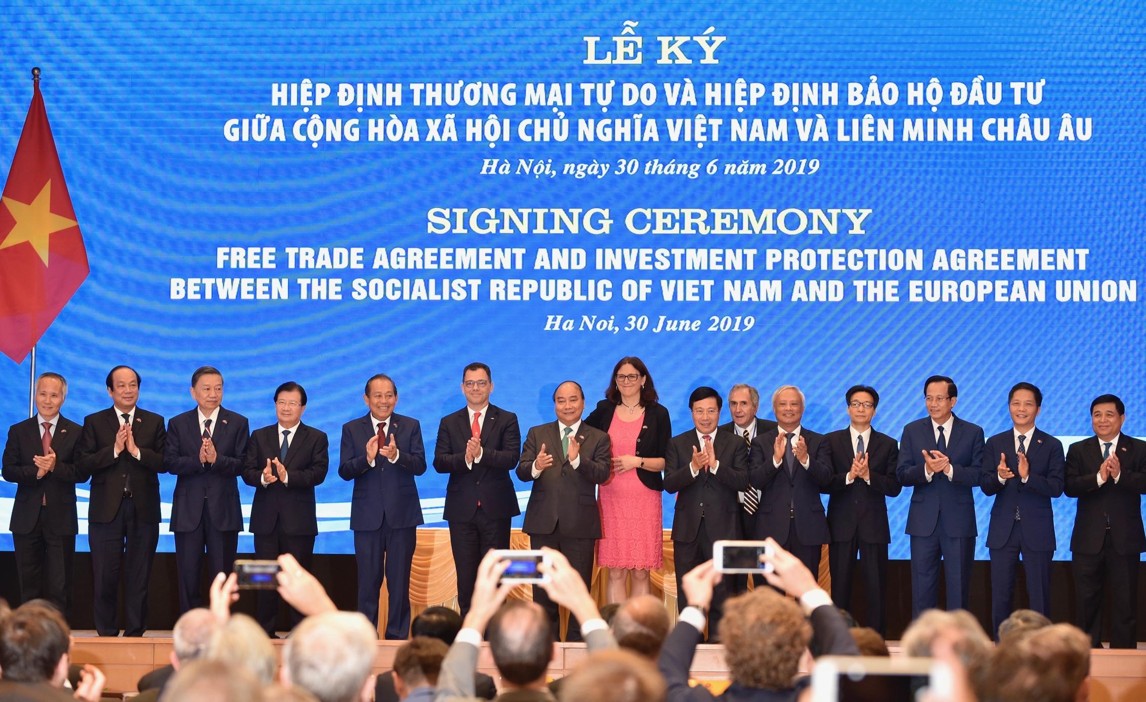 Hiệp định EVFTA và Hiệp định IPA giữa Việt Nam và Liên minh Châu Âu đã được ký kết - Ảnh 2