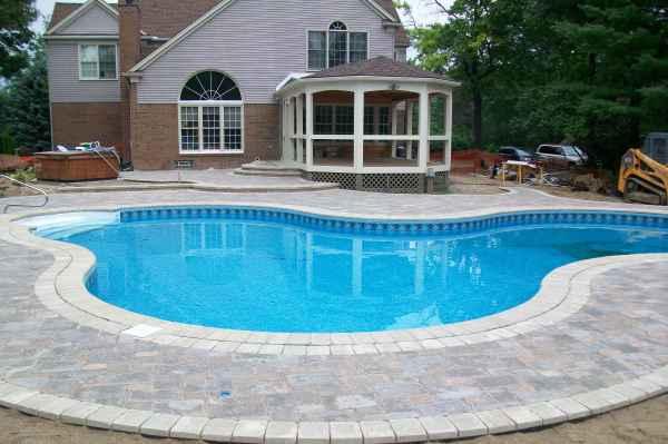 Những lưu ý khi xây dựng bể bơi gia đình - Ảnh 7
