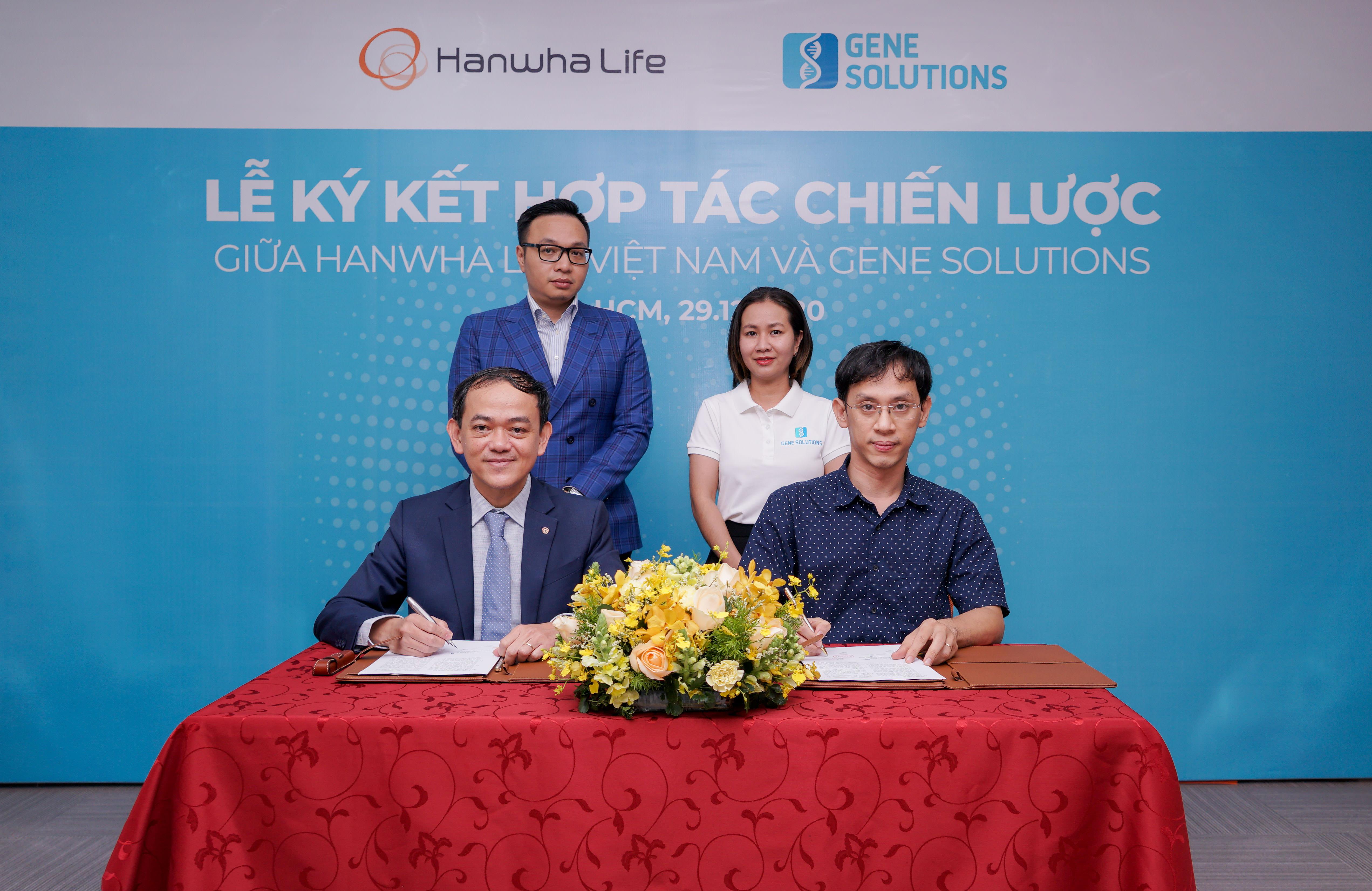Hanwha Life Việt Nam ký kết hợp tác chiến lược với Gene Solutions.