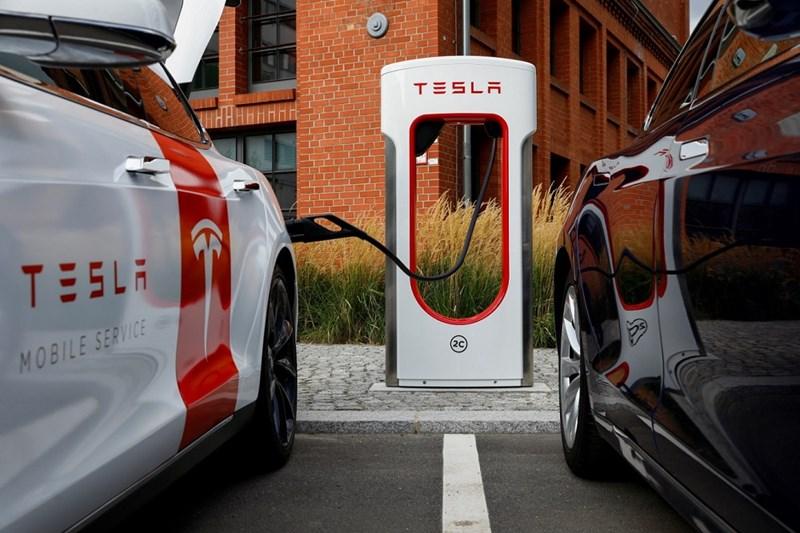 Trạm sạc nhanh của Tesla đang dần phủ sóng khu vực Đông Nam Á. ẢnhVinfast