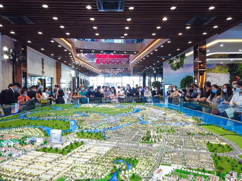 Dù mới ra mắt từ cuối 2020, Đô thị đảo Phượng Hoàng tại phía Đông TP. Hồ Chí Minh nhanh chóng lan tỏa sức nón. Ảnh NVL