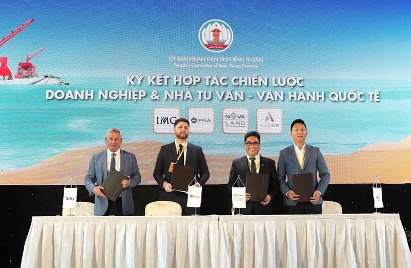 Novaland ký kết hợp tác với PGA và IMG tại Hội nghị xúc tiến đầu tư tỉnh Bình Thuận tháng 09/2019. Ảnh: NVL