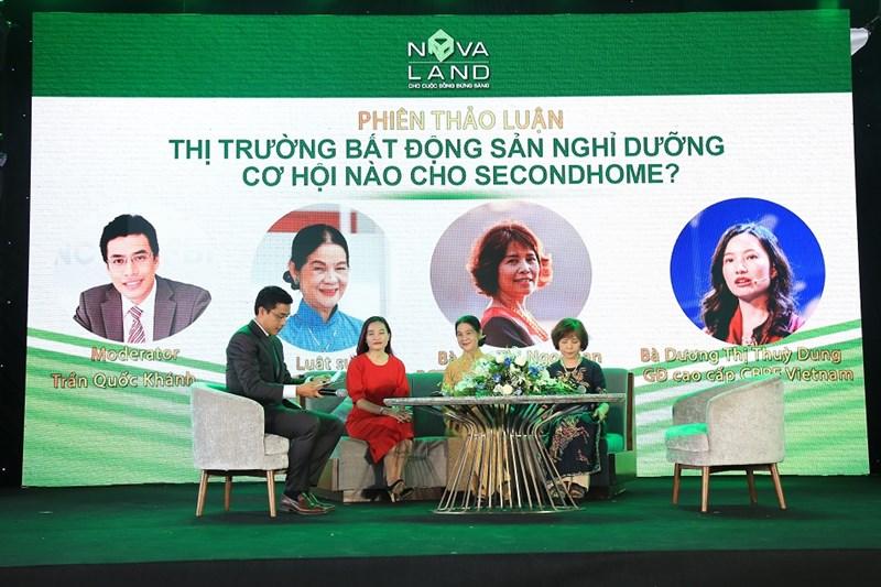 """Các diễn giả chia sẻ tại Hội thảo """"Thị trường BĐS nghỉ dưỡng - cơ hội nào cho second home?"""" Ảnh NVL"""