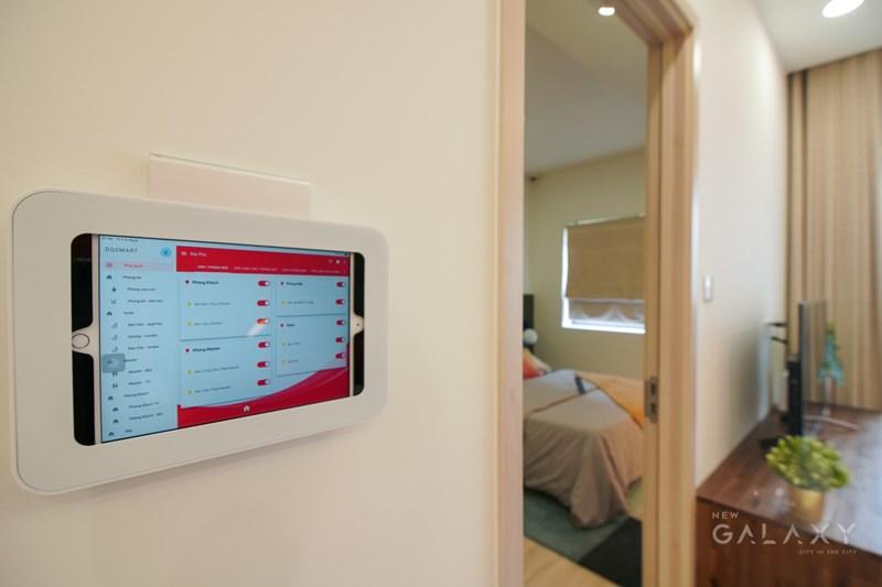 Công nghệ nhà thông minh được tích hợp trong các căn hộ tại New Galaxy. Ảnh Quỳnh Trần