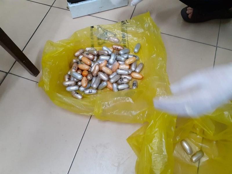 Số ma túy này nếu trót lọt sẽ có giá trên thị trường chợ đen gần 10 tỷ đồng. Ảnh Hồng Trường