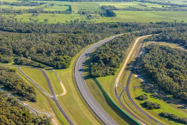 VinFast chính thức là chủ sở hữu mới của Trung tâm thử nghiệm xe Lang Lang (Australia). Ảnh VIC