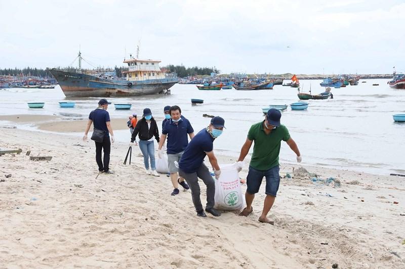 Tập đoàn Novaland hưởng ứng phong trào bảo vệ môi trường biển