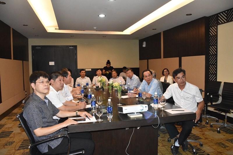 Đại diện UBND tỉnh Bình Thuận trong buổi làm việc với đại diện Tập đoàn Novaland và Bệnh viện Đại học Y Hà Nội. Ảnh NVL