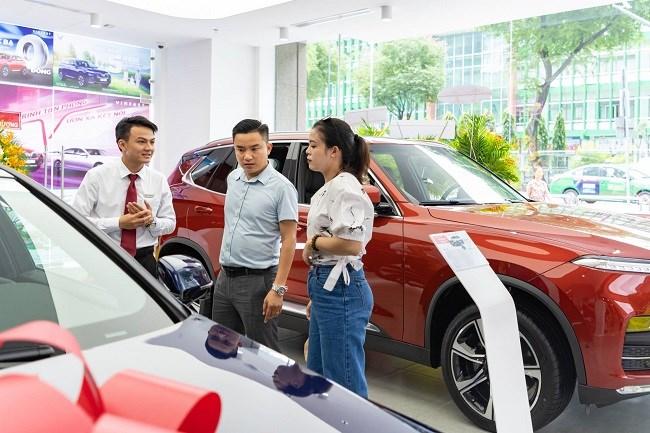 VinFast không giảm giá mà thực hiện các đợt ưu đãi liên tục có lợi cho khách hàng. Ảnh Vingroup
