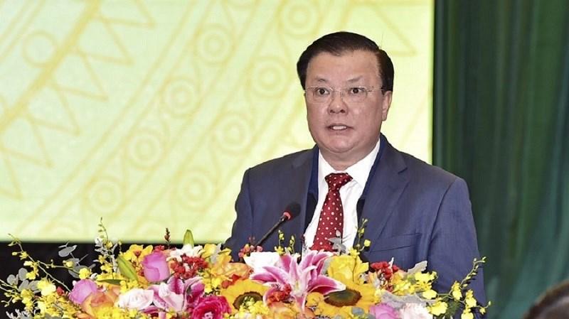 Bộ trưởng Bộ Tài chính Đinh Tiến Dũng phát biểu tiếp thu ý kiến chỉ đạo của Thủ tướng Chính phủ tại Hội nghị.