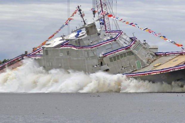 Chiến hạm Minneapolis-St. Paul thuộc lớp Freedom là tàu tác chiến ven biển thứ 21 của hải quân Mỹ, được hạ thủy tháng 6-2019 và đang trong quá trình hoàn thiện.