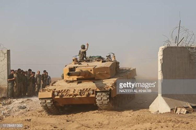 Xe tăng Thổ Nhĩ Kỳ có tính năng kỹ chiến thuật rất cao, được điều khiển bởi các kíp lái lão luyện và còn được hỗ trợ hỏa lực đầy đủ, rất khó để quân đội Syria dễ dàng đánh bại chúng như báo chí Nga vừa