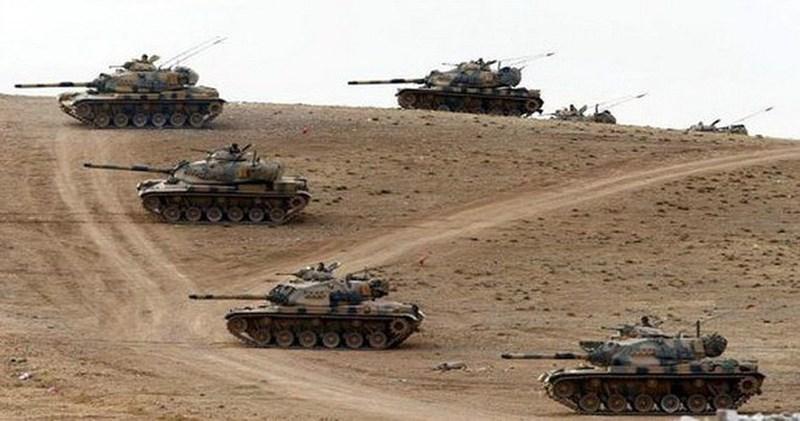 """""""Quân Syria có tên lửa chiến thuật, một lượng lớn tên lửa chống tăng, pháo binh và không quân, chúng sẽ giúp SAA đối đầu sòng phẳng với binh đoàn xe tăng của Ankara""""."""