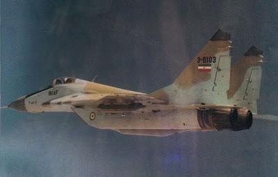 Mặc dù đặc tính bay kém hơn MiG-25, nhưng MiG-29 này vẫn có sự khác biệt so với hầu hết các máy bay Mỹ. Tiêm kích này đã sử dụng tên lửa tầm ngắn R-60 để vô hiệu hóa chiếc F-111, sau đó bắn hỏng oanh tạc cơ B-52 bằng tên lửa tầm xa R-27 thế hệ mới.