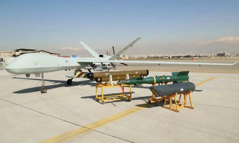 Tuy vậy chiếc UAV của Iran lại có kích thước nhỏ hơn, tương đồng với dòng MQ-1 Preadator từng được Washington sử dụng rộng rãi.