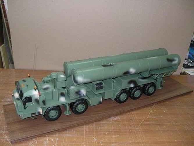 Tạp chí quân sự Mỹ Military Watch mới đây đã đưa ra lời cảnh báo rằng, quân đội Nga đang tiến hành các cuộc thử nghiệm cuối cùng đối với hệ thống tên lửa phòng không tầm xa thế hệ mới S-500 Prometheus (Triumfator-M).