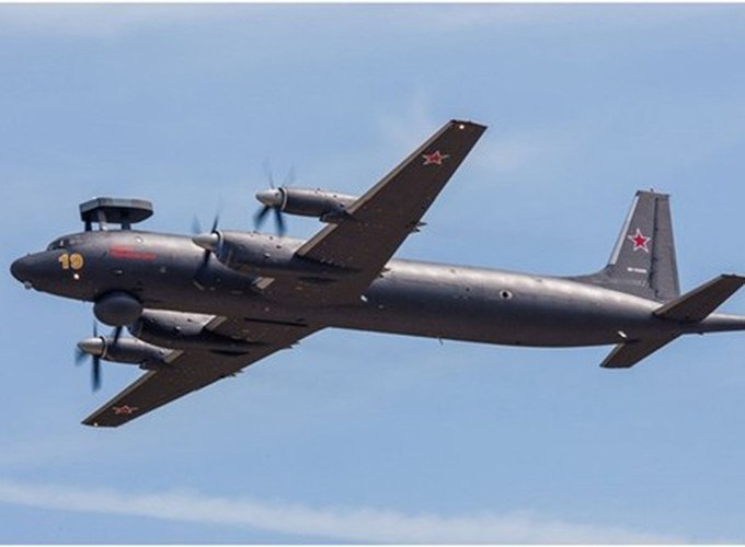 Theo thông tin của Zvezda, hai máy bay chống ngầm Il-38N của Nga khi đó đang tham gia cuộc tập trận, và thực tế là chúng không mang theo vũ khí có mức độ hủy diệt cao.