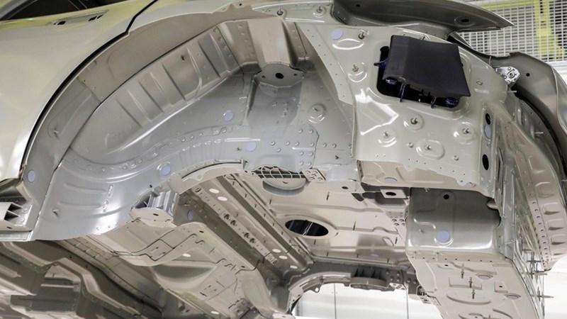 Porsche Taycan là mẫu xe đầu tiên trên thế giới sử dụng công nghệ sơn mới  - Ảnh 3
