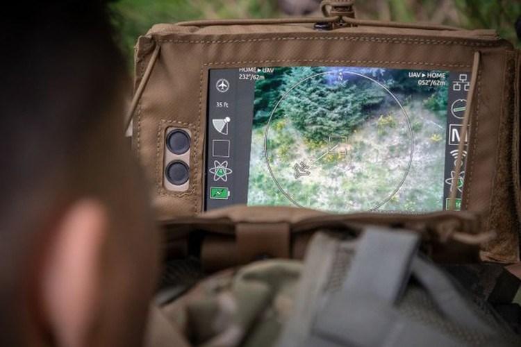 Trinh sát luôn đóng vai trò quan trọng trong đặc biệt trong tác chiến hiện đại, khi mà khả năng ngụy trang ngày càng phát triển, chính vì thế các nền công nghiệp quân sự hàng đầu thế giới tập trung phát triển các UAV siêu nhỏ cho hoạt động trinh sát.
