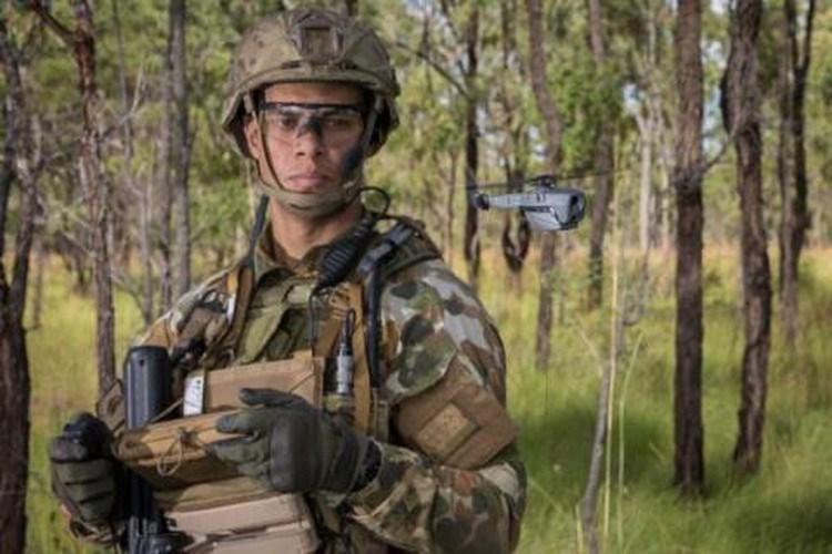 Thực hiện trinh sát bằng UAV siêu nhỏ này giúp cho quân đội giảm thiểu tổn thất sinh lực và phương tiện chiến đấu.