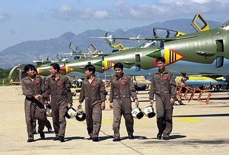 """Sức mạnh """"đôi cánh ma thuật"""" cường kích Su-22 của Việt Nam - Ảnh 6"""