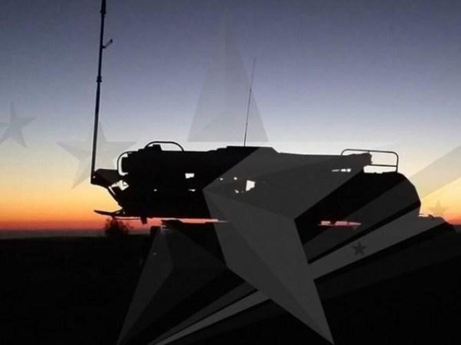 Trước đó có thông tin cho rằng, các tổ hợp phòng không Syria bao gồm Buk-M2E và Pantsir-S1 đã phóng đạn đánh chặn, nhưng bị tác chiến điện tử của Israel chế áp khiến tên lửa đi trượt mục tiêu.