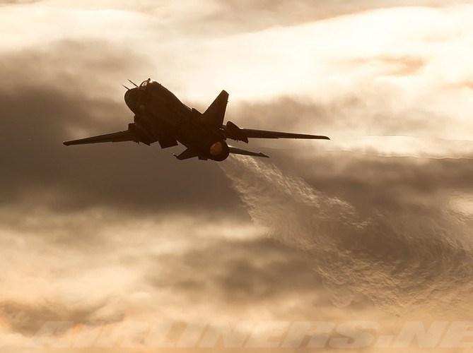 Dù được trang bị radar nhưng tầm phát hiện mục tiêu của Su-22 vẫn thua kém rất nhiều so với các chiến đấu cơ F/A-18.